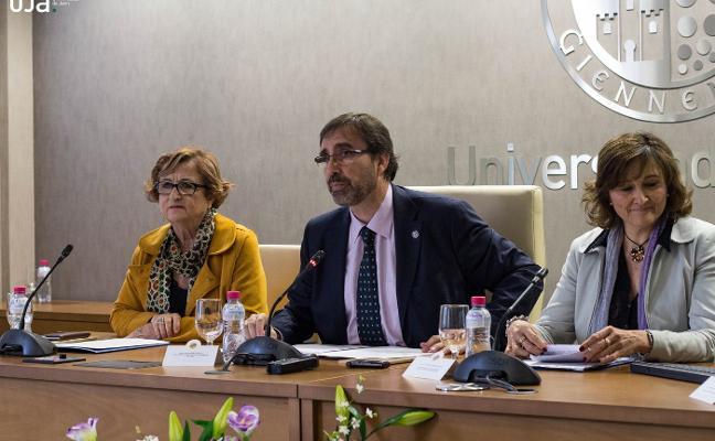 La UJA presenta su nueva editorial en el marco de la Fiesta del Libro