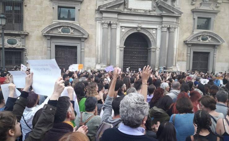 Granada se manifiesta por la sentencia del caso de 'La Manada'