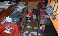 La Policía detiene a un individuo que había robado en 14 bares y pubs de Motril