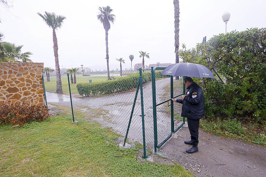 El Estado pone vigilancia para evitar 'okupas' en los hoyos desahuciados del campo de golf de Motril