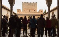 Los turistas que pasen dos noches en Granada tendrán acceso a la Alhambra