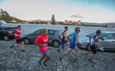 Las 389 fotos de la carrera más bonita del mundo: Granada, a sus pies