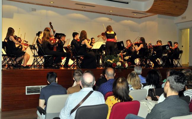 La Joven Orquesta 'Allegro' inundó de música El Pósito
