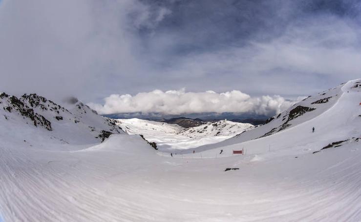 Vuelev a nevar en Sierra Nevada