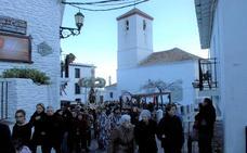Capileira celebra durante tres días sus fiestas patronales en honor a la Virgen de la Cabeza