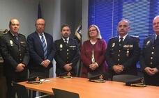 El director general de la Policía se traslada a Linares para visitar a los agentes agredidos el sábado