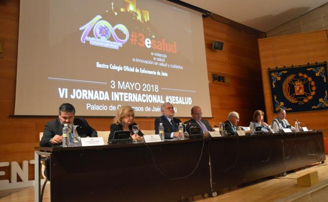 La enfermería afronta en Jaén retos como la violencia machista o humanizar la asistencia