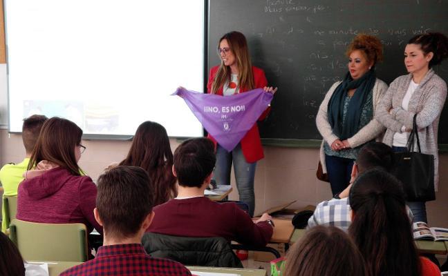 Presentan la campaña contra las agresiones sexuales durante la romería en Torredelcampo