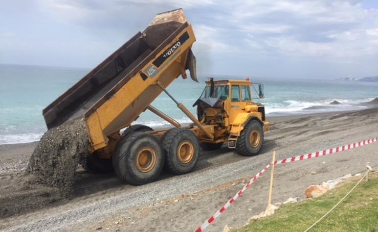 200.000 metros cúbicos de arena para Playa Granada