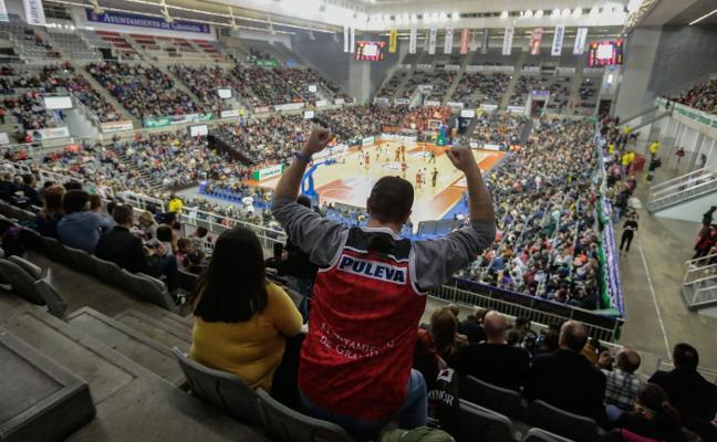 En Granada al baloncesto se juega los sábados