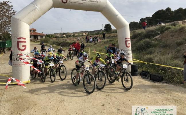 Álvaro Martín y María Díaz dominan en la prueba del Valle del Zalabí