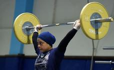 El éxito olímpico impulsa la halterofilia entre las jóvenes egipcias