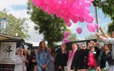 Enfermos de fibromialgia salen a la calle a darle voz a la dolencia 'invisible'