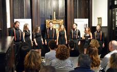 El Museo de Arte 'Doña Pakyta' se llena con un concierto del grupo vocal Siete Más Uno