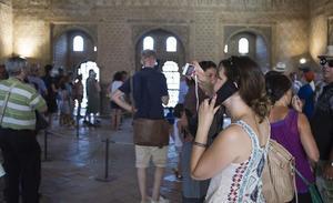 Dos empresas investigadas trabajan con la Alhambra pese a que la Junta pidió al juez que lo impidiera