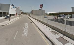 Una mujer, herida muy grave tras ser atropellada por un camión en Pulianas