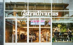 Las revolucionarias camisetas de Stradivarius que triunfan con un potente mensaje