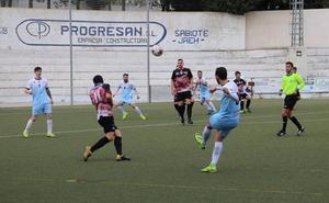 Borrachera de goles en el duelo de descendidos entre Villacarrillo y Guadix