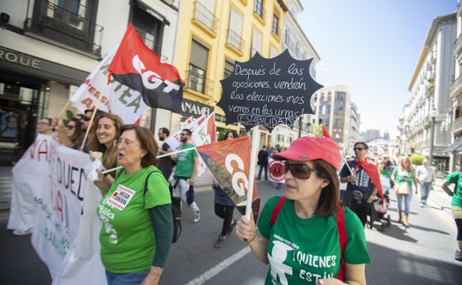 Educación cifra en un 2% la huelga de profesores para apoyar a los interinos