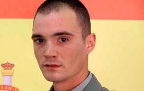Muere Eduardo García, legionario granadino, atropellado por un vehículo blindado en Alicante