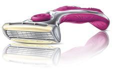 «Hasta un 171% más caras»: FACUA denuncia a Carrefour, Dia y Lidl el precio de sus maquinillas de afeitar para mujeres