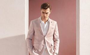 Zara sorprende con la versión de su famoso traje rosa para hombres