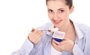 ¿Engordan los yogures desnatados? Los nutricionistas revelan la verdad