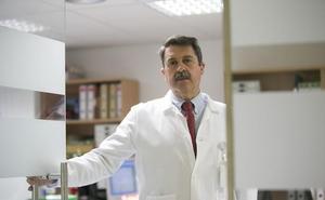 El gerente del Hospital busca médicos para Motril y asegura que la situación va a mejorar pronto