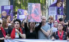 Manifestación en Granada para pedir mayor compromiso contra la violencia de género