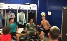 Furor en redes con el vídeo del hijo de Marcelo: jugadón y fiesta en el vestuario del Madrid