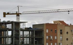 Constructores y promotores denuncian que el Ayuntamiento de Granada «bloquea inversiones» de más de 40 millones de euros