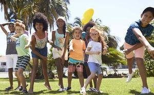 La solución de Primark a padres y madres en verano: ropa para niños desde 4 euros