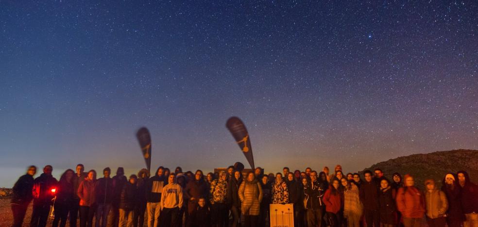 'Acercan' las estrellas a estudiantes de la UJA