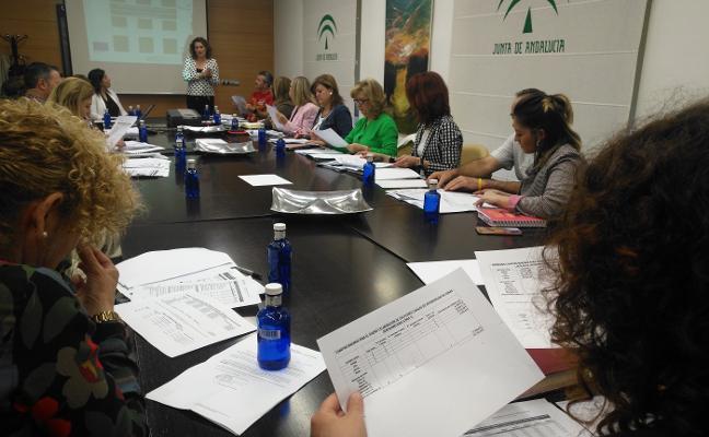 La Junta fomenta el empleo en 12 zonas desfavorecidas de la provincia