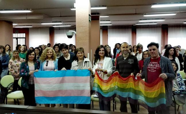 Actos en apoyo a la diversidad dan visibilidad al colectivo LGTBI+