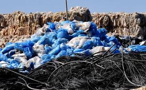 El MAPAMA insta una ley para reducir las bolsas de plástico