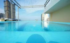 El timo de las piscinas falsas en los hoteles que se hace viral
