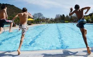 Atención a los peligros del agua de las grandes piscinas