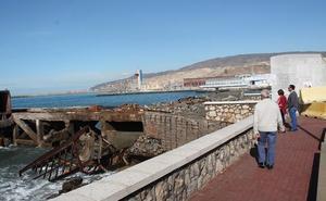 Comienzan los trabajos de retirada y acondicionamiento del Cable Francés de Almería
