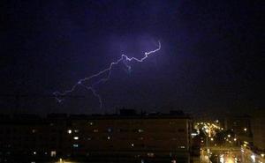 Alerta amarilla de la AEMET en Granada para hoy: serio aviso por tormentas