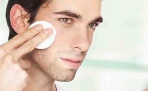 3 cosméticos imprescindibles para lucir una piel suave si eres hombre