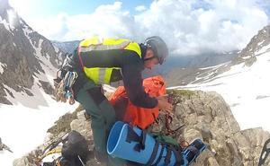 Dos rescates de once horas en Granada entre los 2.900 metros y el nivel del mar
