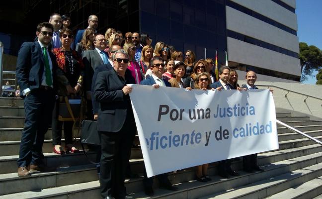 120 jueces y 48 fiscales de la provincia están llamados hoy a una huelga «histórica»