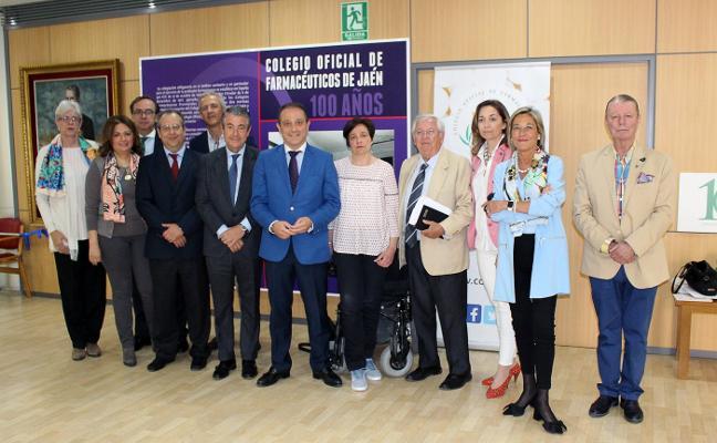 Farmacéuticos de Jaén presentan el Premio 'Pedro Malo García'