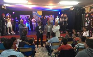 Escolares de Jaén se adentran en el legado literario y social de Miguel Hernández y Josefina Manresa