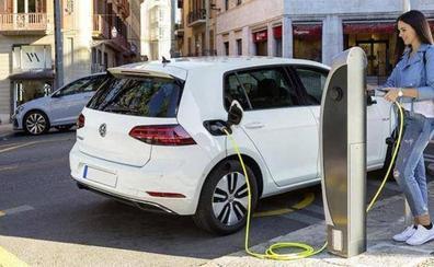 Ayudas para comprar coches eléctricos hasta 2020: el bono que podrías pedir muy pronto
