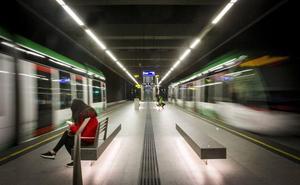 El metro de Granada funcionará en la Feria del Corpus durante 91 horas seguidas entre el miércoles y el sábado