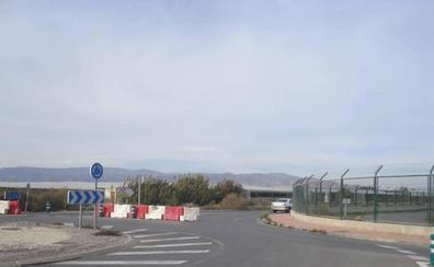 Cortes intermitentes en la vía de Costacabana a El Alquián por obras