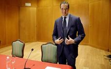 Telefónica suspende «con carácter inmediato» la relación laboral con Zaplana