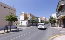 Comienzan las obras que pondrán a la calle Ancha al nivel de la principal arteria de Motril